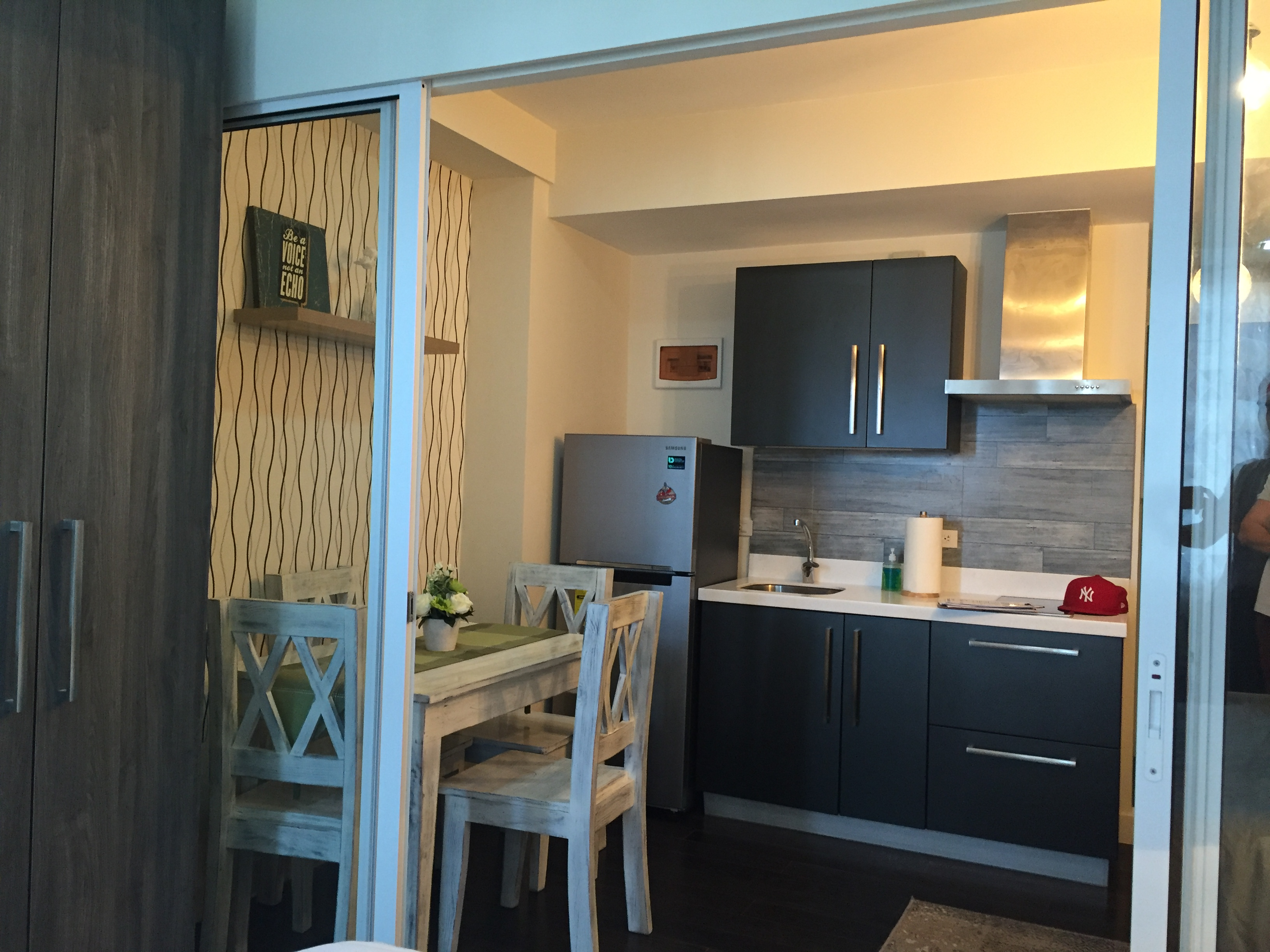 Cozy Acqua Residences Fully Furnished Condo for Lease by PropertySourcePh