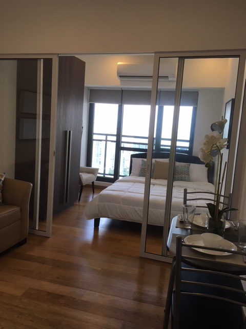 Elegantly Interiored Makati 1 Bedroom Condo for Lease by PropertySourcePh