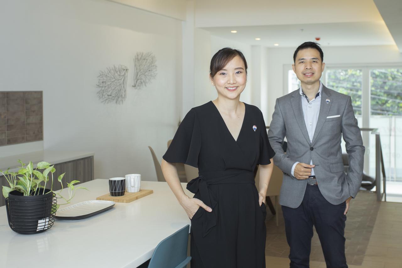 John and Daphne Yu