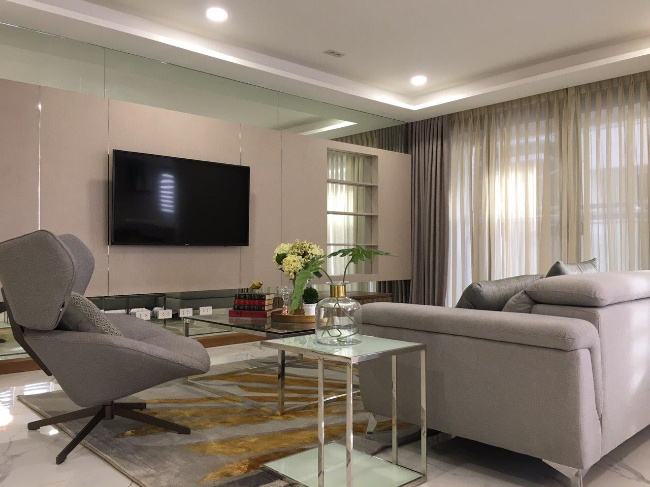 New Manila Single Detached 5 Bedroom